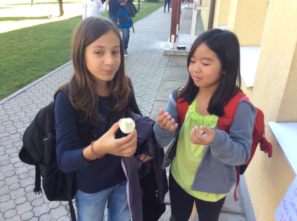 Anelise and Anita eat their cooked egg!